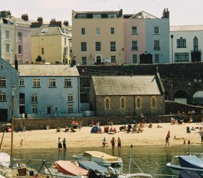 Buildings in Tenby :)